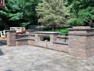outdoor-grilling-station-with-brick-pavers