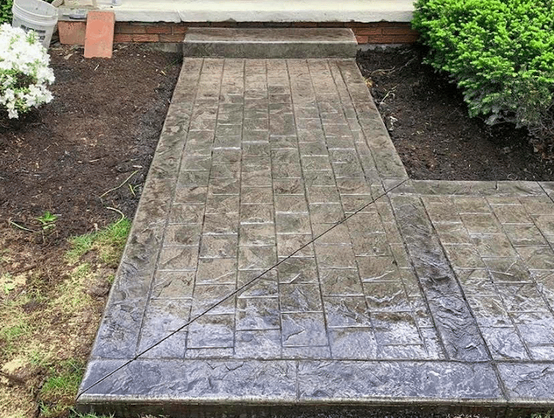 stamped-concrete-front-walkway-L-shaped