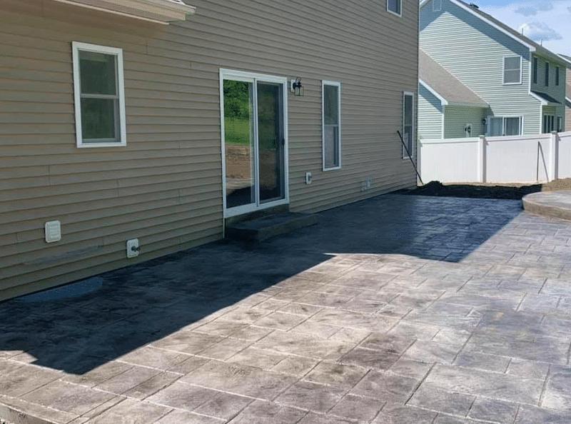 stamped-concrete-patio-in-niskayuna