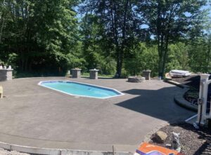 Guilderland-concrete-hardscaping-project-Stamped-concrete-Versa-Lok-4