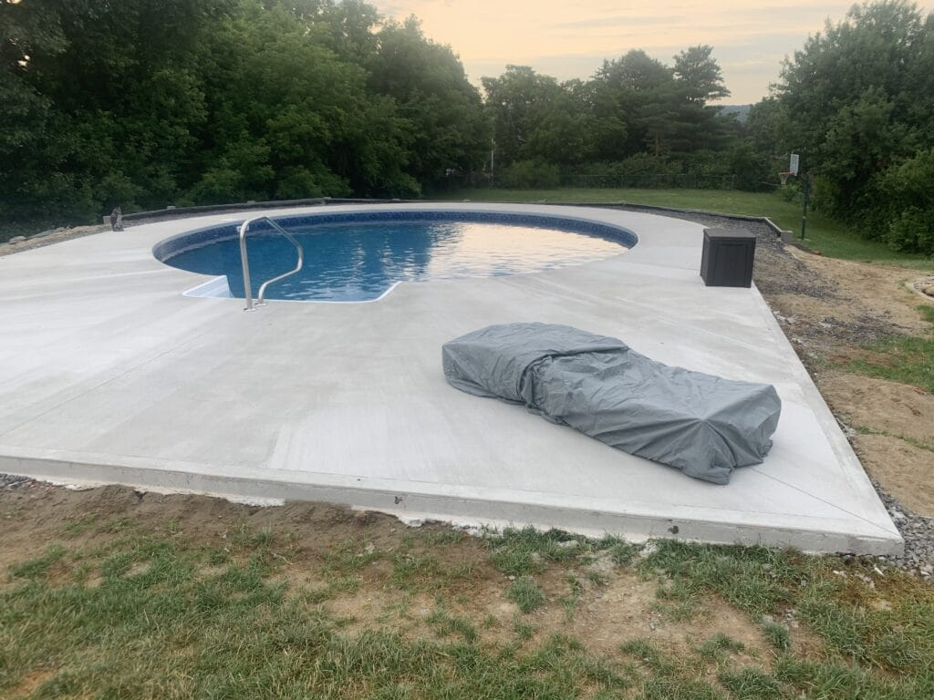 concrete-pool-deck-curing-in-Albany