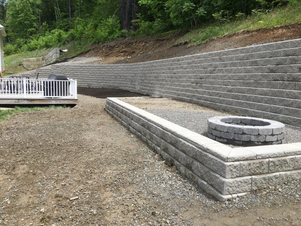 large-retaining-wall-installed-in-Guilderland
