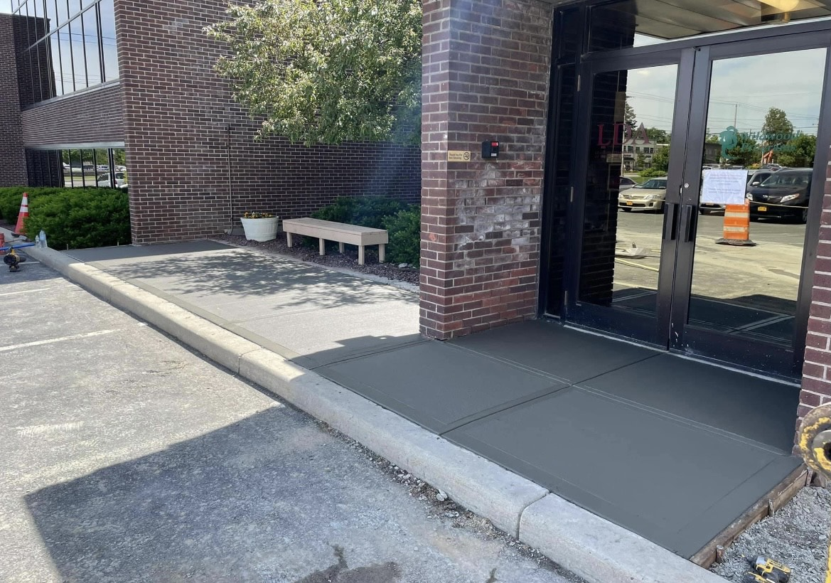 Broom-finished-commercial-sidewalk-Albany-NY-1