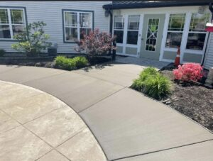 broom-finished-concrete-Clifton-Park-NY-1
