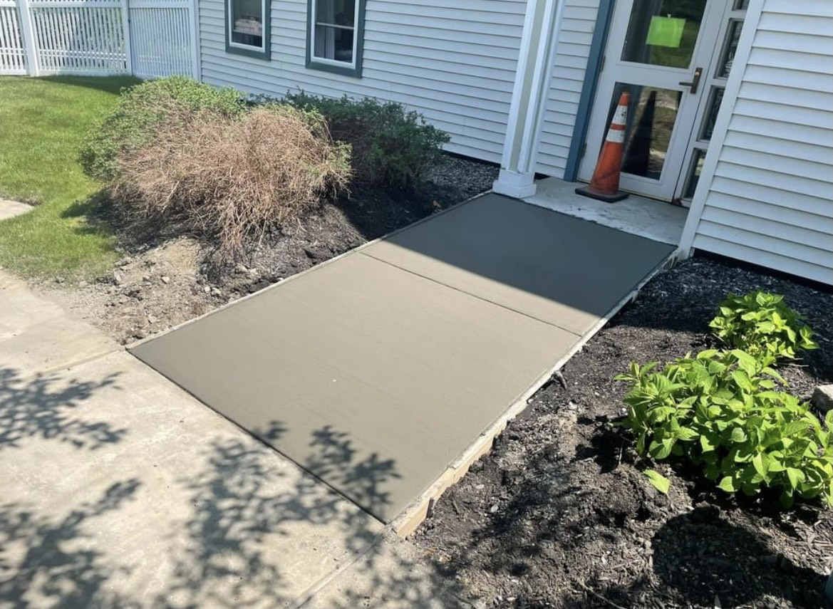 broom-finished-concrete-Clifton-Park-NY-2